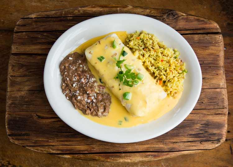 Gringo's Burrito con Queso