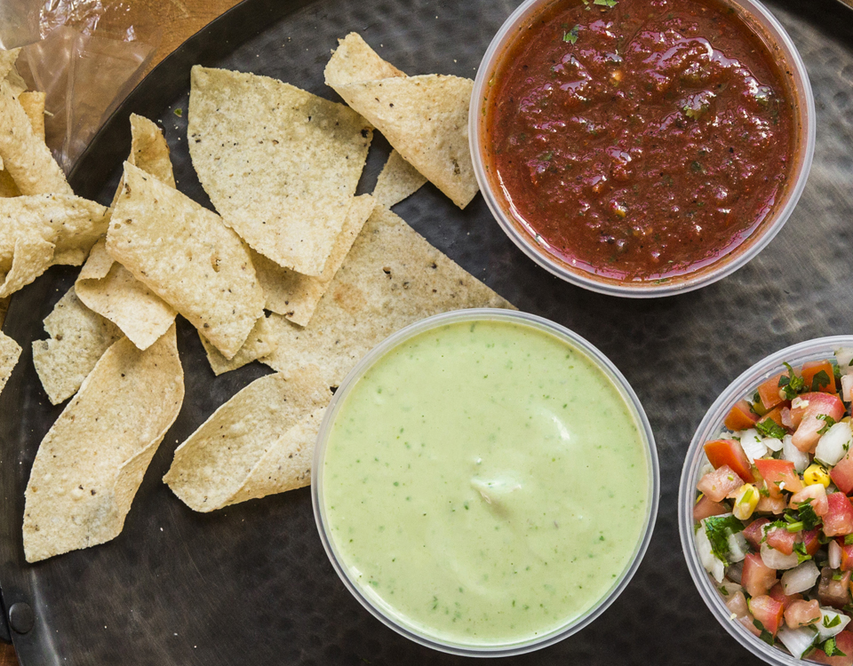 gringos_chips_salsa_